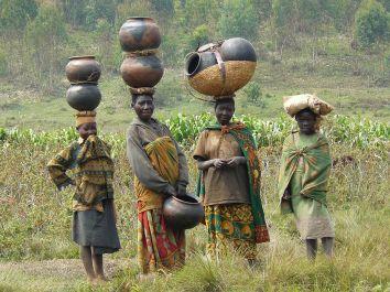 Batwa_women_in_Burundi_cropped